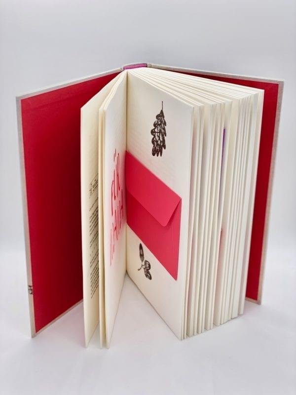 Briefumschläge: Hardcover, konfektioniert mit Umschlägen und Briefen